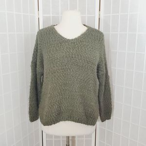 Altar'd State Women Green V-Neck Sweater Size: M/L